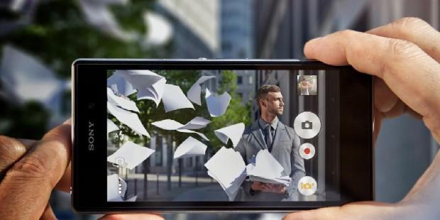 Sony Xperia Z1 уже можно купить - стартовали продажи