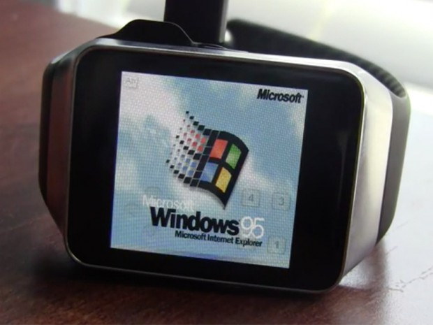 Windows 95 запустили на Samsung Gear Live